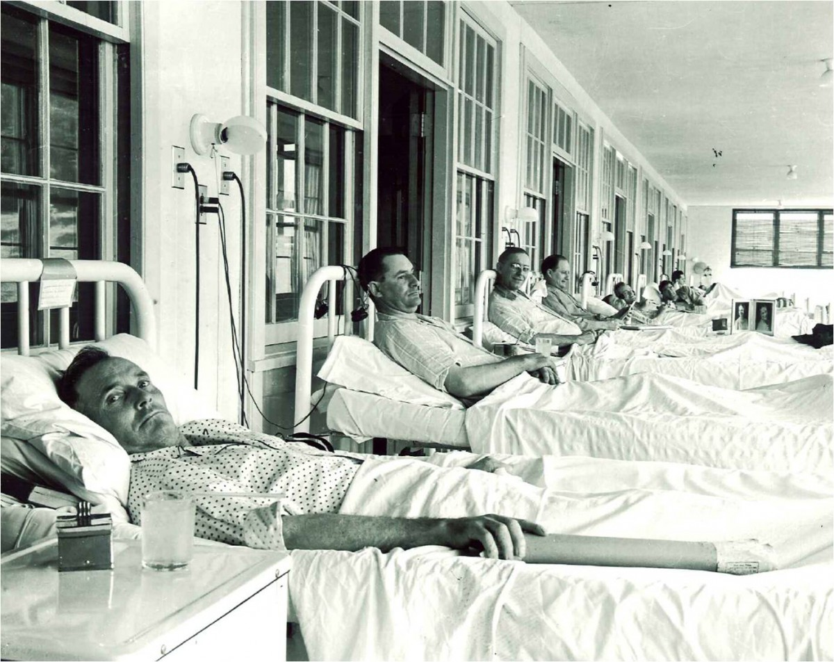 Old black and white photo of patients in the former sanitorium
